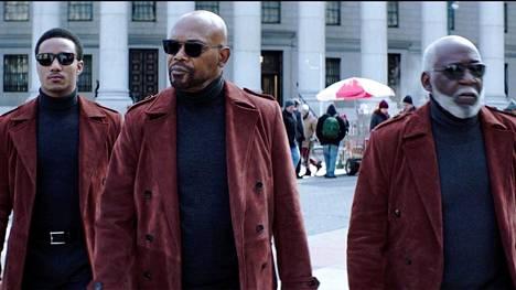 Uusimmassa Shaft-elokuvassa tavataan Shafteja kolmessa polvessa: JJ (Jessie Usher, vas.) John (Samuel L. Jackson) ja John, Sr. (Richard Roundtree).