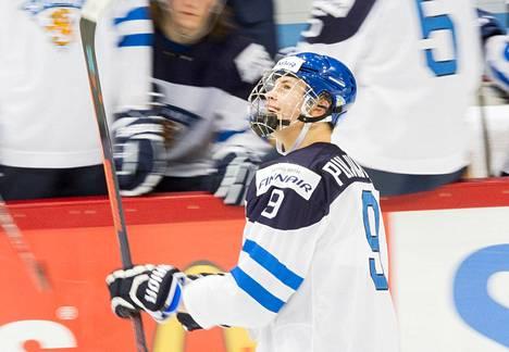 Jesse Puljujärvi teki kaksi osumaa Valko-Venäjää vastaan.