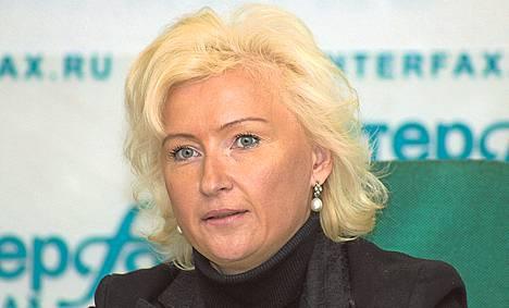 Viron entinen ulkoministeri Kristiina Ojuland on rasistisin kommentein vastustanut pakolaisten vastaanottoa.