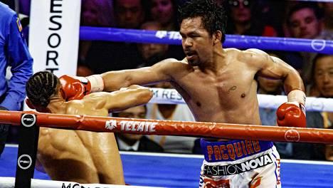 Manny Pacquaiosta iski viimeisimmässä ottelussaan WBA-liiton mestariksi Las Vegasissa. Vastustajana oli puolustava mestari Keith Thurman. Ottelu käytiin heinäkuussa 2019.
