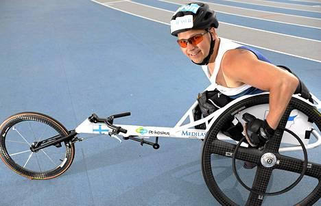 Kaksi EM-kultaa pokannut Toni Piispanen aikoo jatkaa uraansa vuoden 2020 paralympialaisiin Japaniin.