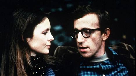 Diane Keaton oli Woody Allenin Annie Hall -elokuvan nimihenkilö 1977, ja ohjaaja esitti toista pääosaa.