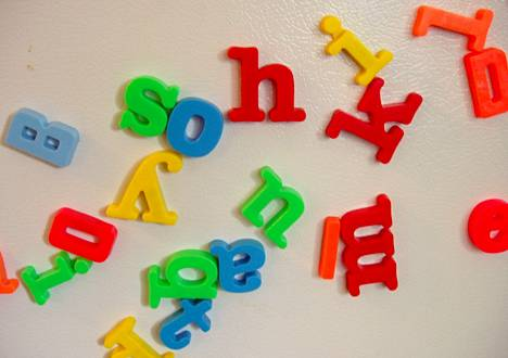 Synesteetikko yhdistää tietyn värin tiettyyn kirjaimeen.