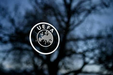 Uefan toimistolla riittää päänvaivaa lähiaikoina.