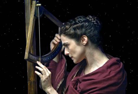 Hypatian (Rachel Weisz) maine matemaatikkona ja tähtitieteilijänä tunnetaan yhä.