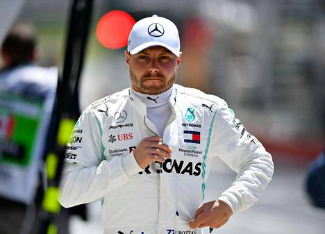 Valtteri Bottas on jäänyt MM-pisteissä 29 pisteen päähän Lewis Hamiltonista.