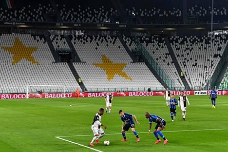 Juventus ja AC Milan ehtivät kohdata tyhjällä stadionilla 8. maaliskuuta ennen kuin Serie A keskeytettiin.
