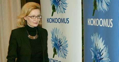 Paula Risikko valittiin vuoden 2003 eduskuntavaaleissa ensi kertaa eduskuntaan. Kuva kampanjasta Etelä-Pohjanmaalta.