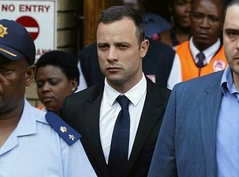 Oscar Pistoriuksen murhaoikeudenkäyntiä käytiin torstaina neljättä päivää.