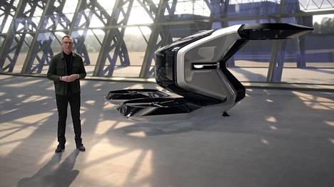 General Motorsin suunnittelupäällikkö Mike Simcoe esitteli lentävää Cadillacia yhtiön videolla.