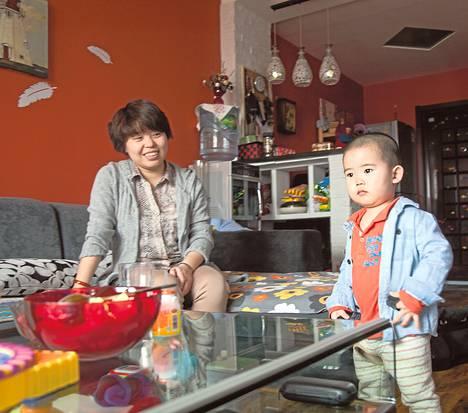 Liu Xiaoyu päätti aviomiehensä kanssa, että sääntöjen höllentymisestä huolimatta heille riittää vuoden ja yhdeksän kuukauden ikäinen Gao Haoxuan.