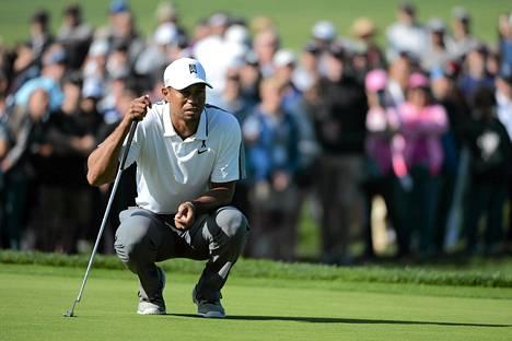 Tiger Woods jää tauolle golfista.