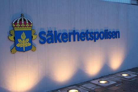 Ruotsin turvallisuuspoliisi Säpo pidätti pakolaisvakoilusta epäillyn miehen talvella.