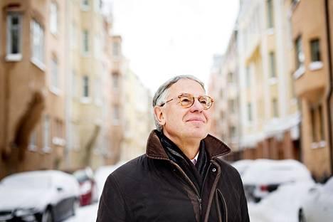 """René Nyberg pitää oppivuosinaan varakonsulin työtä 1970-luvun Leningradissa, """"maailman suurimmassa provinssikaupungissa""""."""