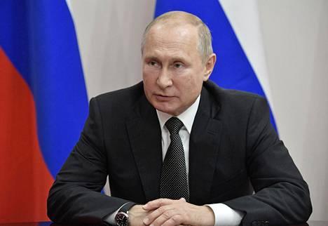 Venäjän presidentti Valdimir Putin johti turvallisuusneuvoston kokousta Anapassa Venäjällä viime perjantaina.