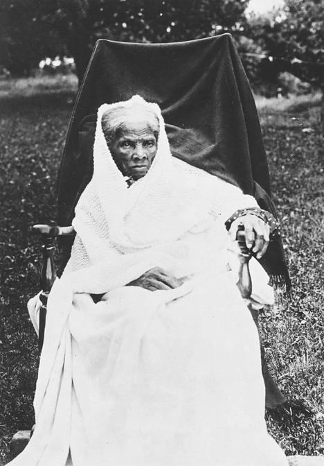 Vapaustaisteilija Harriet Tubmanilla (n. 1820–1913) on paikkansa Ta-Nehisi Coatesin romaanissa.