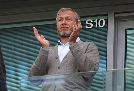Chelsean omistajan Roman Abramovitšin rahoja ei vähään aikaan tarvita pelaajasiirtoihin.