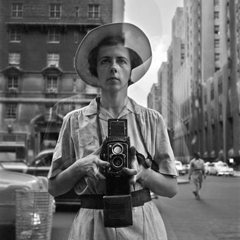Omakuva, Vivian Maier, New York, 1954.