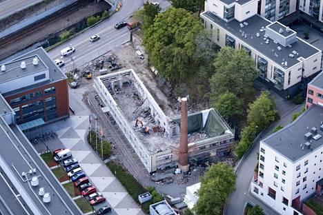Valtion margariinitehdas Etelä-Hermannissa Lautatarhankadulla on ollut enimmäkseen tyhjillään siitä asti, kun tehdas päätettiin sulkea vuonna 1992. Huonokuntoista rakennusta ollaan muuttamassa asunnoiksi.
