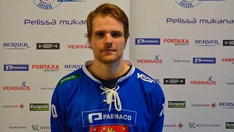 Rolf Larsson teki Suomen toisen maalin Venäjää vastaan.