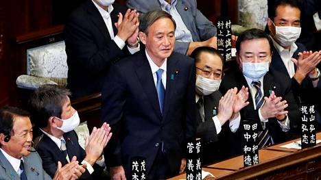 Japanin uudeksi pääministeriksi valittiin parlamentin alahuoneessa keskiviikkona 71-vuotias Yoshihide Suga.