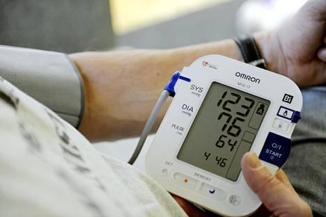 Korkea verenpaine on riskitekijä monessa sairaudessa.