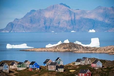 Tanskalle kuuluva, 58000 asukkaan autonominen Grönlanti on paljon muutakin kuin jäinen erämaa. Kulusukin kunta kuvattuna elokuussa.