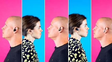 HS:n toimittajat testasivat viidet täysin langattomat kuulokkeet: vasemmalta oikealle JBL Reflect Flow, Samsung Galaxy Buds Live, Sennheiser Momentum True Wireless 2, Sony WF-1000XM3 ja Apple Airpods Pro.