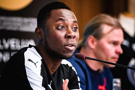 Freddy Adu esiteltiin KuPSin pelaajana huhtikuussa.