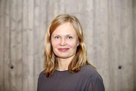 Tiede- ja kulttuuriministeri Hanna Kosonen (kesk) haluaa selvittää kulttuurialan eettisen toimielimen perustamista.