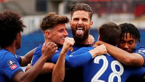 Chelsea juhli Englannin cupin välierässä.