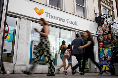 Thomas Cookin matkatoimisto Lontoossa. Yhtiö asetettiin maanantaina konkurssiin.