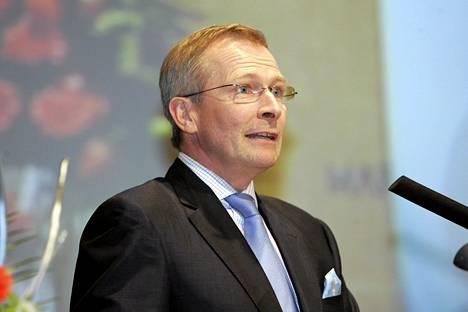 Keskuskauppakamarin toimitusjohtaja Risto E.J. Penttilä uskoo, että yhteisöveron keventäminen saisi yritykset palkkaamaan lisää väkeä.