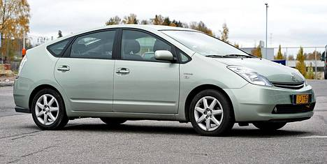 Toyota Priuksen hybriditekniikka on monimutkaista. Silti autossa on vanhempanakin vähän vikoja.