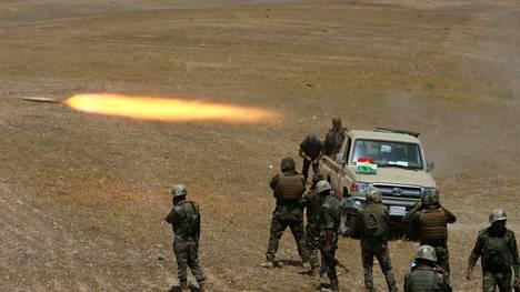 Peshmerga-sotilaat tulittivat elokuun puolivälissä Isis-joukkoja Mosulin kaakkoispuolella.