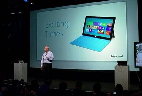 Microsoftin toimitusjohtaja Steve Ballmer kertoi uusista tuotteista Microsoftin tiedotustilaisuudessa.