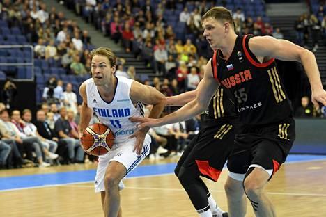 Petteri Koponen rakensi Suomen peliä Venäjää vastaan.