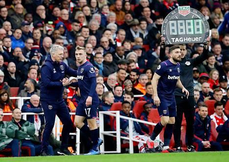 West Ham -manageri David Moyes vaihtoi maaliskuussa pelatussa Valioliigan ottelussa Jarrod Bowenin tilalle Robert Snodgrassin.