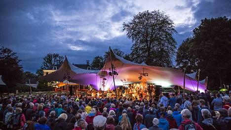 Hollantilaisen Wonderfeel-festivaalin teltat siirretään Helsinkiin.