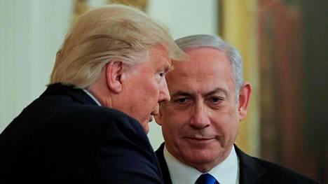 Yhdysvaltain presidentti Donald Trump ja Israelin pääministeri Bejamin Netanjahu keskustelivat rauhansopimuksesta Valkoisessa talossa tammikuussa.