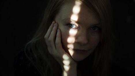 Kirjailija Saara Turusen tyyli on rakastettava ja huomioi pienetkin yksityiskohdat.