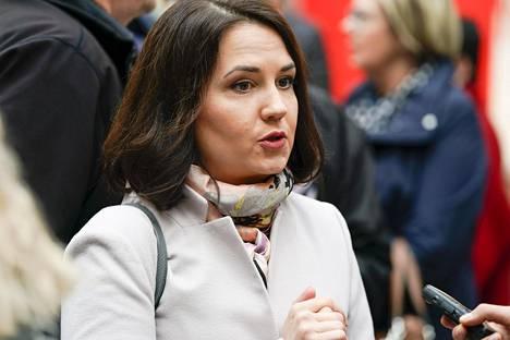 Opetusministeri Sanni Grahn-Laasonen kokoomuksen puoluevaltuuston kokouksen yleisötapahtumassa Seinäjoella 5. toukokuuta.