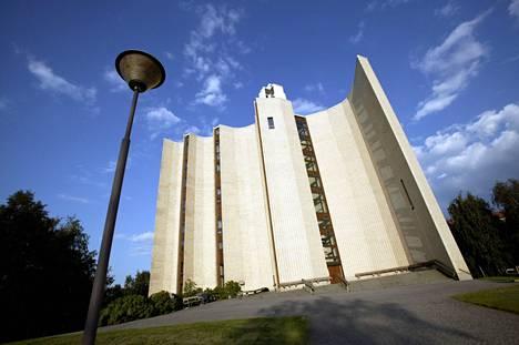 Kalevan kirkko Tampereella kuvattuna vuonna 2004.