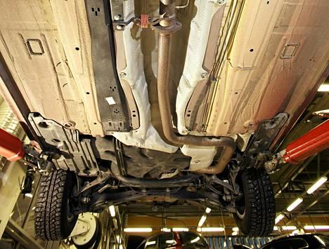 Aivan kuten ihmisten ei tarvitse osata korjata autojaan, ei kaikkien tarvitse osata ohjelmoidakaan.