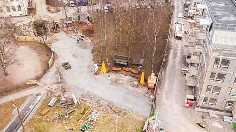 Poliisin esitutkinta-aineistossa julkaistu ilmakuva Koskelan tapahtumapaikasta.