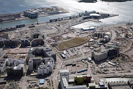 Jätkäsaari ilmasta elokuussa 2018.