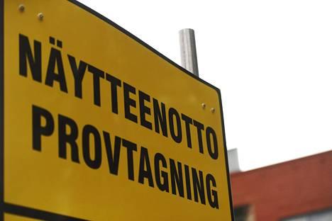 Koronatestien hintoja vertailemalla voi säästää jopa 200 euroa.