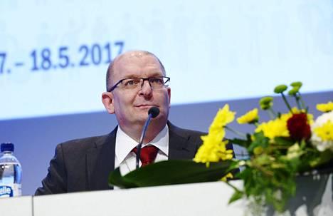 Toistaiseksi ainoa ehdokas uuden suurliiton puheenjohtajaksi on Metallin puheenjohtaja Riku Aalto.
