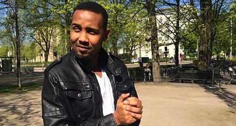 Sharmake Abukar Amin opettelee koodikieltä ja haluaa kansanedustajaksi Somaliaan.