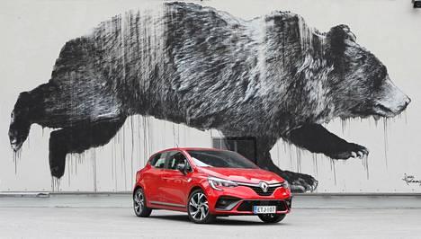 Viidennen sukupolven Renault Clio on hieman edeltäjäänsä pienempi ulkomitoiltaan. Sisälle on silti saatu raivattua lisää tilaa.
